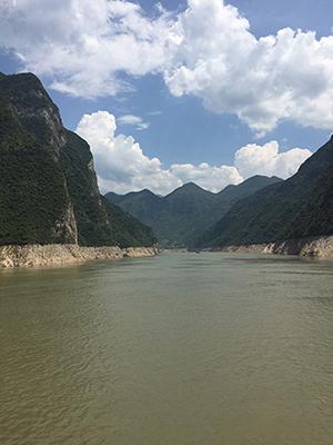 hlt_CHn2017_river300